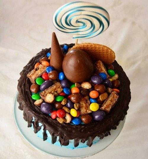 Çocuklar için Doğum günü Yaş Pastası