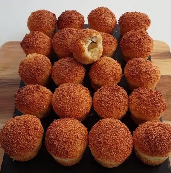Muffin Kalıplarında Çıtır Poğaçalar