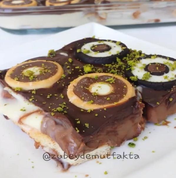 İki Renkli Çikolatalı Pasta