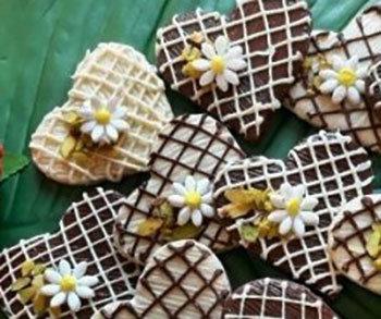 Çikolatalı Kalpli Kurabiyeler
