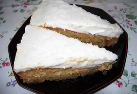 Kremalı İrmik Pasta Tarifi